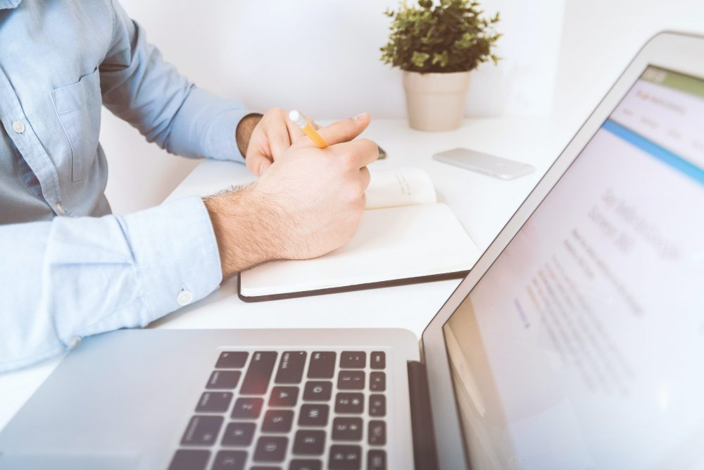 peer to peer review hospitalist physician advisor
